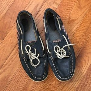 Navy leather and plaid USA sperrys